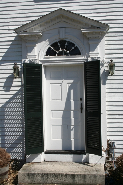 Louvered Doors | Colonial Shutterworks